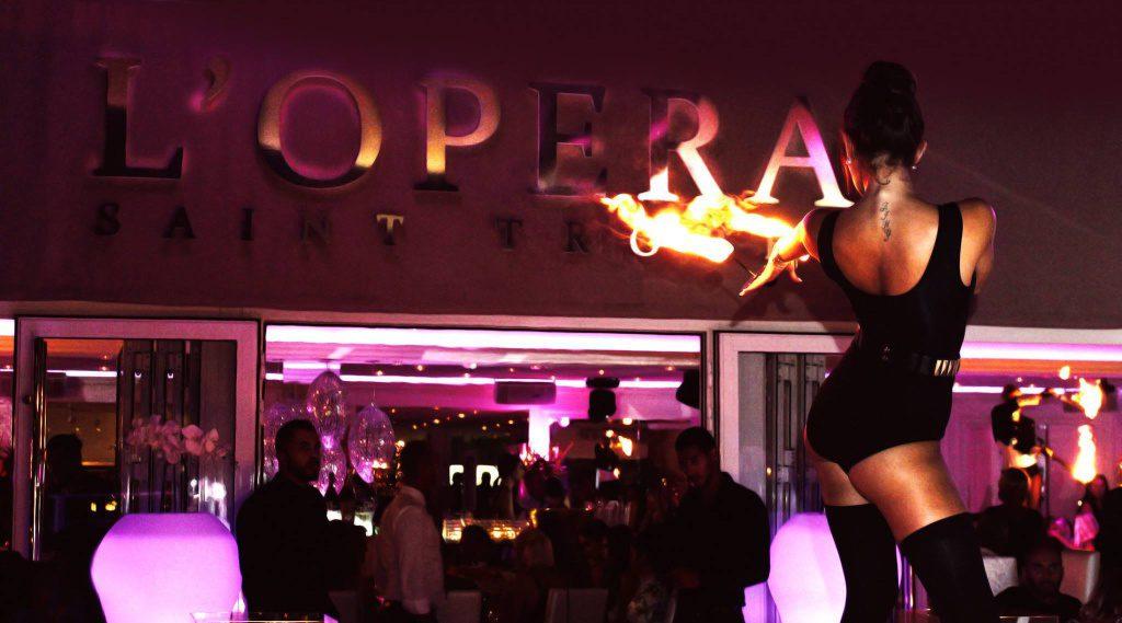 L'Opéra à Saint-Tropez, le restaurant festif et glamour