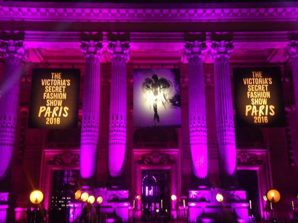 Le défilé Victoria's Secret met le feu à Paris !