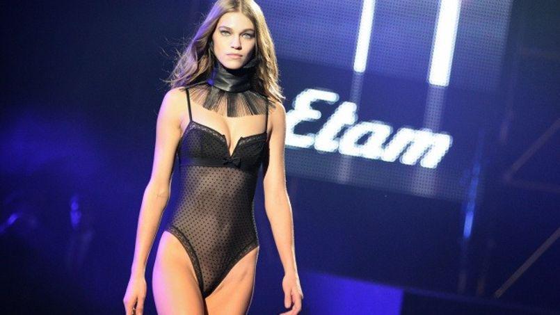 Etam + Undiz le pop store des Champs Elysées