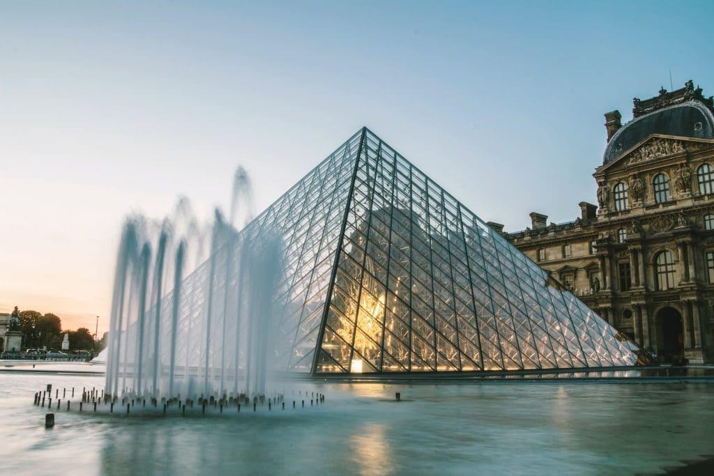 Le musée du Louvre vous ouvre ses portes pour une visite virtuelle