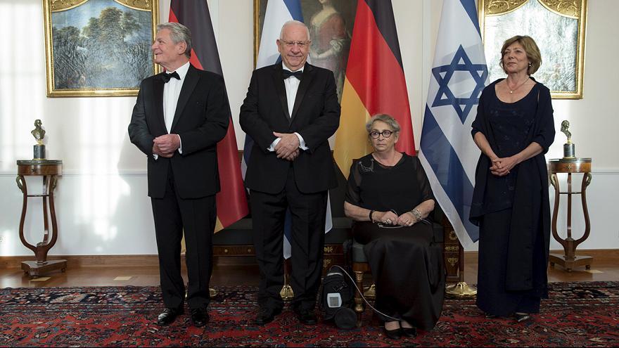 Le ministère israélien des Affaires étrangères a remis un certificat de reconnaissance au fondateur du Congrès juif israélien.